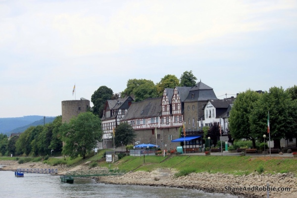 The hamlet of Rhens, where we stopped briefly to let a few people on.