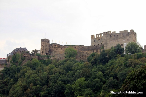 Much of Burg Stahleck is still in ruins, though a portion of it has been retired and is open to the public as a museum.